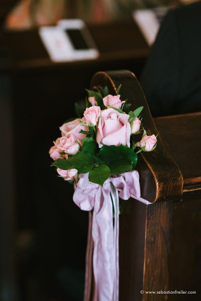 Blumendekoration Kirche